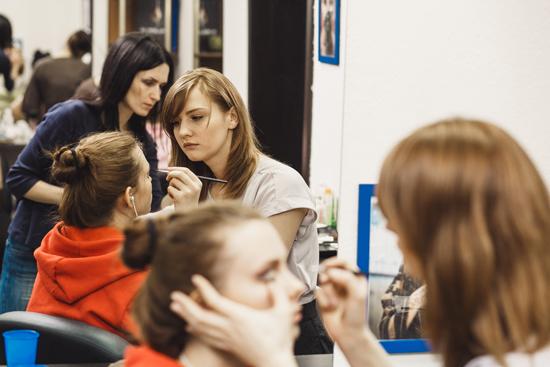 Занятия визажистов-стилистов  в институте Евро Стар