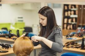 Занятия у парикмахеров в Евро Стар